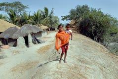 Muchacha de los adolescentes en la India rural Imagen de archivo libre de regalías