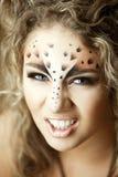 Muchacha de lujo, como un leopardo fotografía de archivo