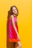 Muchacha de moda sonriente Fotografía de archivo