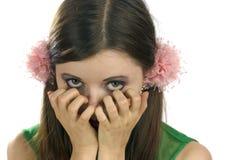 Muchacha de ojos verdes asustada Imagen de archivo libre de regalías