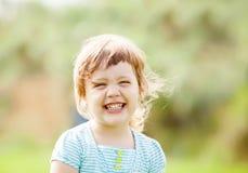 Muchacha de risa feliz Fotos de archivo