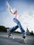Muchacha de Rollerblading Imagen de archivo