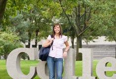 Muchacha de universidad Fotos de archivo
