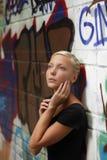 Muchacha del adolescente al aire libre Fotos de archivo libres de regalías
