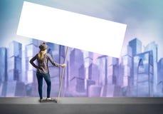 Muchacha del adolescente con la bandera Imagen de archivo