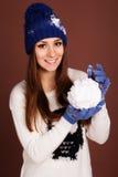 Muchacha del adolescente con la bola de nieve Fotografía de archivo