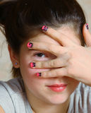 Muchacha del adolescente con la manicura Fotografía de archivo