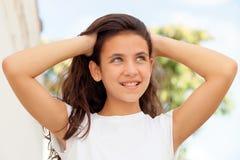 Muchacha del adolescente con la sonrisa de los ojos azules Imagen de archivo libre de regalías
