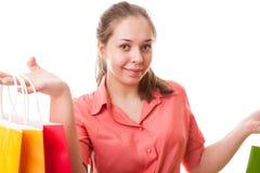 Muchacha del adolescente con los bolsos de compras Fotografía de archivo libre de regalías