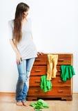 Muchacha del adolescente con ropa Foto de archivo