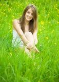 Muchacha del adolescente en naturaleza Fotos de archivo