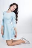 Muchacha del adolescente en un vestido azul Imágenes de archivo libres de regalías