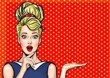 Muchacha del arte pop Invitación del partido Tarjeta de cumpleaños Mujer cómica Muchacha atractiva Venta Cartel de la vendimia Mu Fotografía de archivo