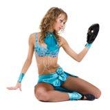 Muchacha del bailarín del carnaval que presenta con la máscara, aislada en blanco foto de archivo