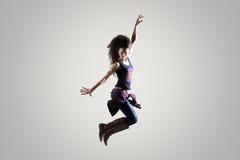 Muchacha del bailarín que salta en el aire Fotos de archivo libres de regalías