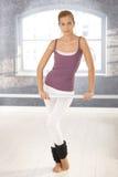 Muchacha del ballet en la clase Fotografía de archivo libre de regalías