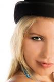 Muchacha del bikiní del sombrero superior imagen de archivo