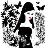 Muchacha del brunett con los butterflys y floral abstractos Imagen de archivo libre de regalías