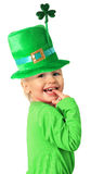 Muchacha del día de St Patrick feliz Fotos de archivo libres de regalías