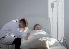 Muchacha del doctor y del cáncer Imagen de archivo libre de regalías
