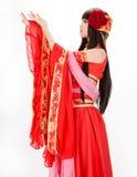 Muchacha del estilo chino de Asia en bailarín tradicional rojo del vestido Fotos de archivo libres de regalías