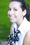 Muchacha del estudiante con sonrisa brillante Foto de archivo libre de regalías