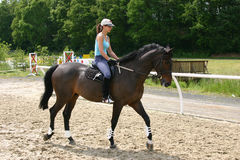 Muchacha del montar a caballo Imagen de archivo libre de regalías