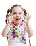 Muchacha del niño con las manos pintadas Fotografía de archivo