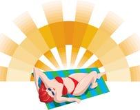 Muchacha del persona que toma el sol Imagen de archivo libre de regalías