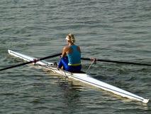 Muchacha del Rowing fotos de archivo libres de regalías