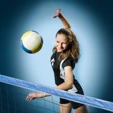 Muchacha del voleibol Foto de archivo libre de regalías