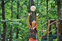 Muchacha del voleibol Imágenes de archivo libres de regalías