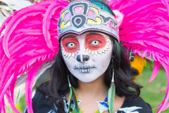Muchacha desconocida en el décimo quinto día anual el festival muerto Foto de archivo libre de regalías