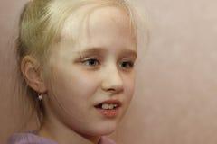 Muchacha divertida agradable del adolescente Foto de archivo