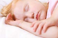 Muchacha durmiente imagen de archivo libre de regalías