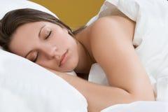 Muchacha durmiente hermosa Imagen de archivo libre de regalías