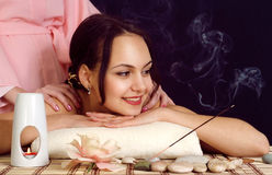 Muchacha en balneario imagen de archivo libre de regalías