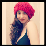 Muchacha en Beanie Hat rojo Imágenes de archivo libres de regalías