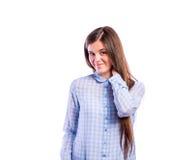 Muchacha en camisa azul, mujer hermosa joven, tiro del estudio Imágenes de archivo libres de regalías