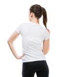 Muchacha en camiseta blanca en blanco Imagenes de archivo