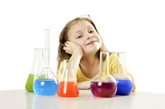 muchacha en clase de la ciencia imagen de archivo libre de regalías