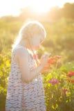 Muchacha en el jardín Imagen de archivo libre de regalías