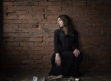 Muchacha en el negro Fotos de archivo libres de regalías