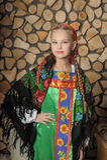 Muchacha en el traje ruso Fotografía de archivo