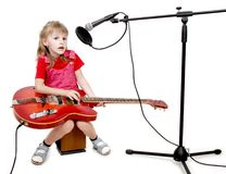 Muchacha en estudio audio Foto de archivo libre de regalías