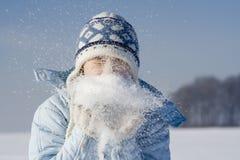 Muchacha en invierno Imágenes de archivo libres de regalías