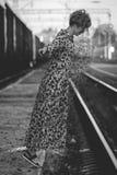 Muchacha en la foto del arte del carril Fotografía de archivo