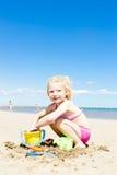 Muchacha en la playa Fotografía de archivo libre de regalías