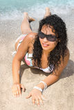 Muchacha en la playa imágenes de archivo libres de regalías