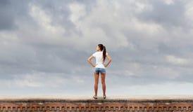 Muchacha en pantalones cortos Imagenes de archivo